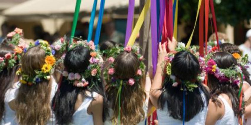 Tanz in den Mai – Maibaumfeste und Tanzpartys am 1. Mai