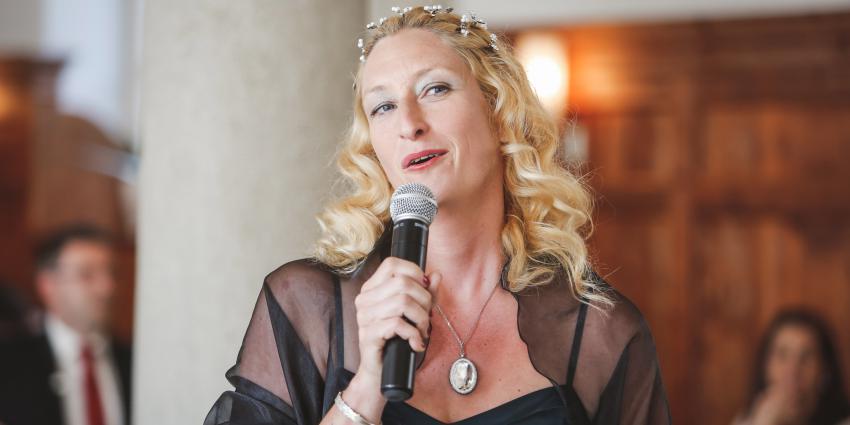 Interview mit der Märchenerzählerin Miss Fairytale.