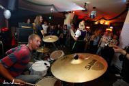 Rock Karaoke Band - The Looneytunez