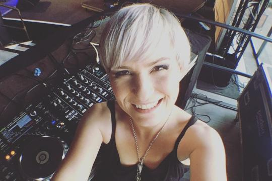 DJ Anja
