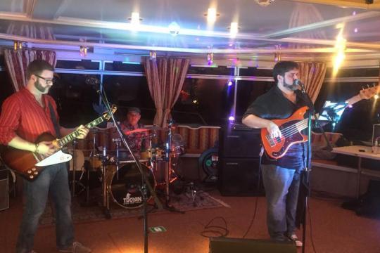 Kult Rock Band--- Das Rock-Trio!!!!