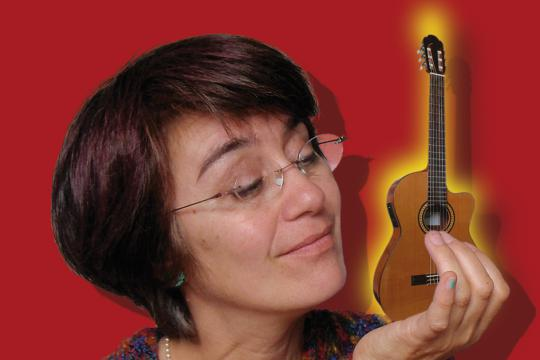 Romie Romero  - Gesang & Gitarre