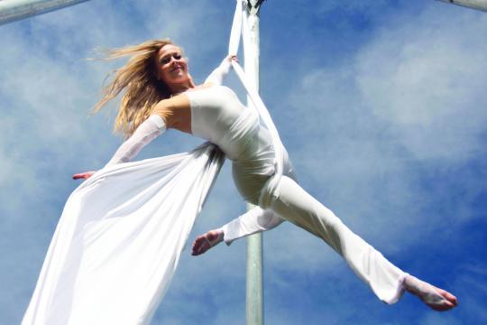 Airdance - Leonie