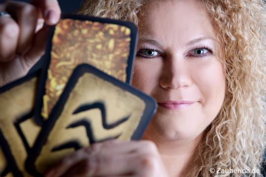 Zanera zaubert! Tischzauberei / Zauberworkshops NRW und mehr