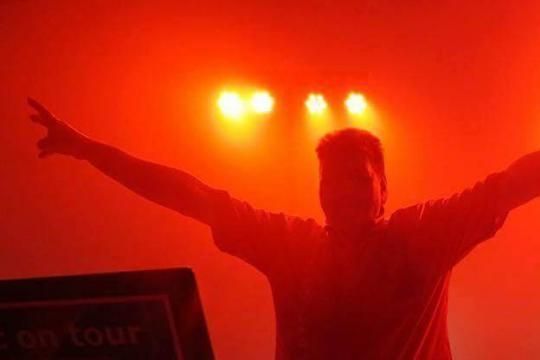 DJ - Lutz