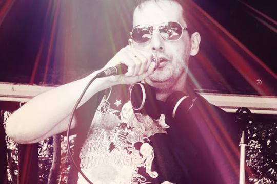 Karaoke-DJ Gordon