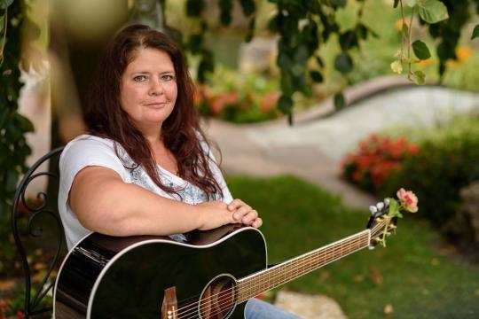 Yvonne Brugger Sängerin für Hochzeit, Taufe und Feierlichkeiten