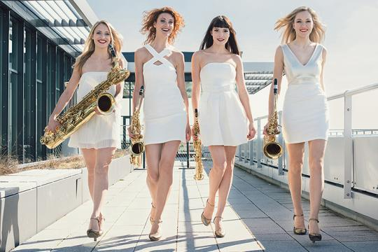 Evolution Sax Girls