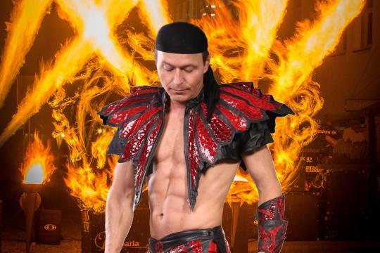 Feuershow-Schlangenshow > Robaria