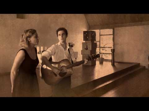 Video: Léon Rudolf & Eena May - The Book of Love (Peter Gabriel / The Magnetic Fields cover)